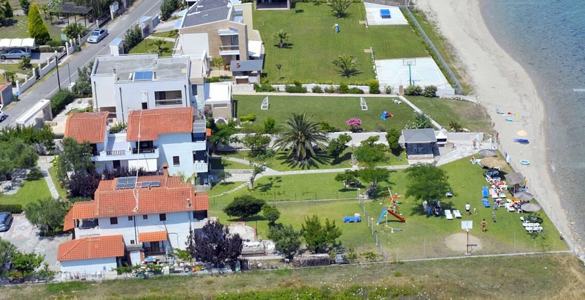 Villa Alexandra by the sea accommodation